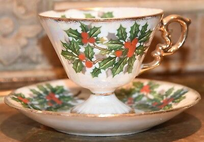 Christmas Holiday Tea Cup & Saucer 1964 Vintage Lustre Gold Gilt Holly Berry Wow