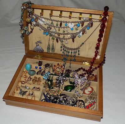 Mixed Lot of Vintage & Modern Jewellery in Box Brooches Necklaces Earrings etc.