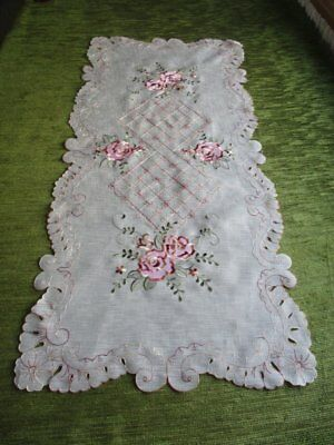 PRETTY TABLE RUNNER with EMBROIDERY DECORATION - UNUSED