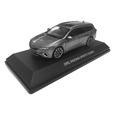 Modellauto Opel Insignia B Sports Tourer 1:43 Licht Grau Opel Collection OC10926