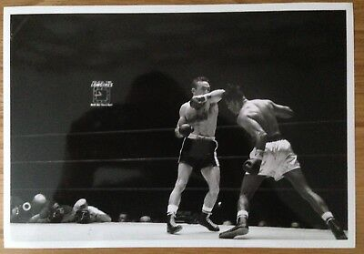 Lovely Photograph Sugar Ray Robinson And Carmen Basilio In Action In 1958!!