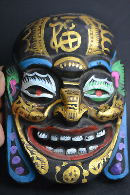 China Collectible Old Wood Carved Buddha Mask Colored Drawing Exquisite Statue