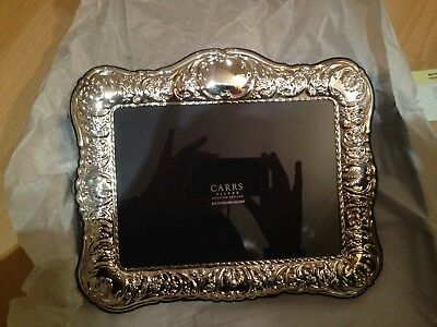 New/unused &box Beautiful Quality Large Carrs Hallmarked Silver Photo Frame
