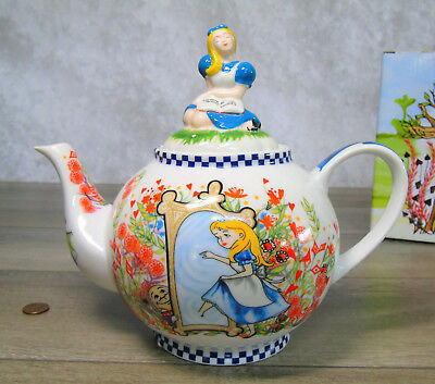 NEW Alice In Wonderland 4 Cup TEA POT Through The Looking Glass Figural Lid NIB!