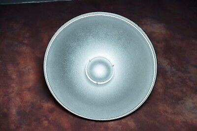 22 inch silver beauty dish