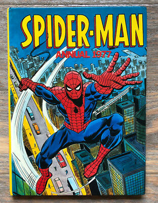 Signed by Stan Lee VINTAGE MARVEL SPIDER-MAN COMIC ANNUAL 1977 (UK EDITION)