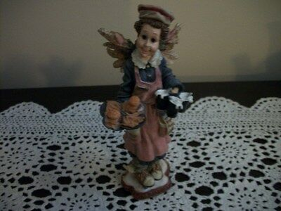 Boyds Bears Folkstone Ms. Fries The Guardian Angel of Waitresses #28246 - 1999