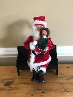 VTG 1998 Byers Choice Carolers Santa on Bench with Girl