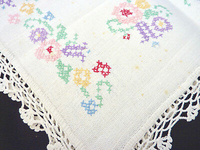 2 Table Runners; Linen w Cross Stitch & Crocheted Edging; Ages? See all pictures