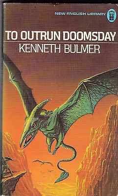 Kenneth Bulmer : To Outrun Doomsday. Science Fiction P/B