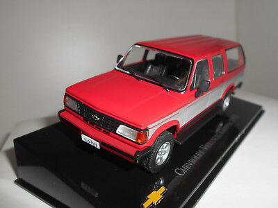 Chevrolet Veraneio Custom Collection Chevrolet #15 Brasil Salvat Premium 1/43