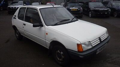 Peugeot 205 1.0 XE 1989, spares or repair, MOT October 2018