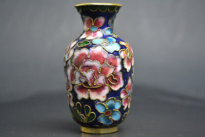 China Collectibe Old Cloisonne Hand-carved Flower Royal Blue Decor little Vase