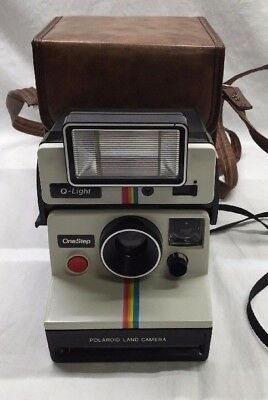 Polaroid Onestep Land Instant Camera W/ Q-Light In Case Excellent Condition