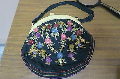 Vintage Embroidered Silk Purse Bakelite Clasp Hand Embroidery Bag Arts & Crafts
