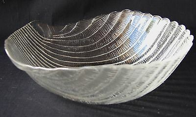 """2 Arcoroc Durand Coquillage Clear Glass Bowls Shell 6"""""""