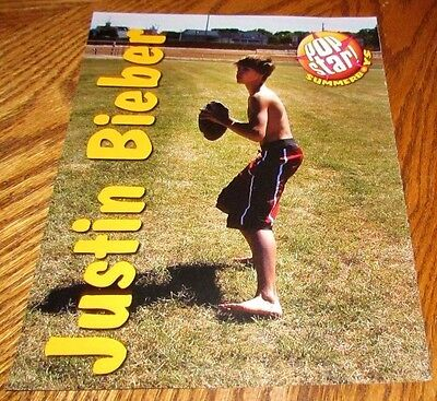 Shirtless JUSTIN BIEBER 8X10 PINUP Clipping Singer Playing Football Bare Foot