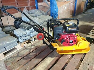 WACKER PLATE. 5.5hp PETROL ENGINE COMPACTOR PLATE WITH WHEEL KIT