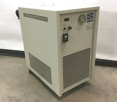 Neslab CFT-75 Lab Chiller/Cooler 5°-30°±0.5°C R134A 6.8L 208-230VAC 1Ph 2500W
