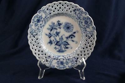 "Meissen Reticulated  7-1/4"" Blue Onion Plate"