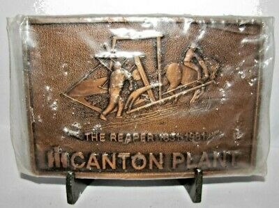 IH International Harvester Canton IL Plant THE REAPER 1831-1981 Belt Buckle NEW
