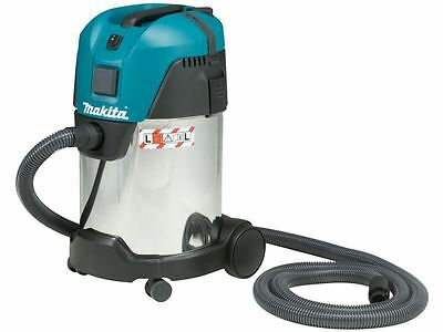 MAKITA 110v DUST EXTRACTOR VC3011L/1