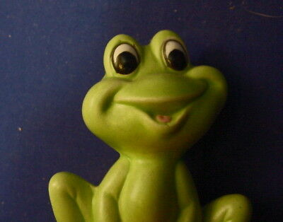 "Vintage Ceramic 2 7/8"" Smiling Frog w/Big Eyes Figurine"