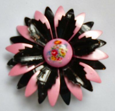 PINK BLACK LAYER HAND PAINTED ENAMEL 1960s FLOWER POWER RETRO VINTAGE BROOCH PIN