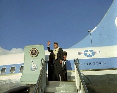 Kennedy with Air Force One pilot James Swindal New 8x10 Photo President John F