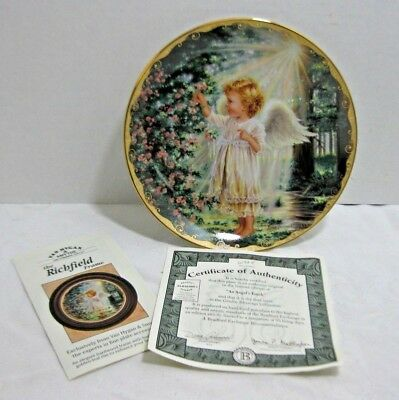 The Bradford Exchange collector plate An Angel's Touch Donna Gelsinger 1996