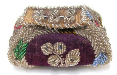 Beaded Iroquois Box Pouch with Lid Late 19th Early 20th c