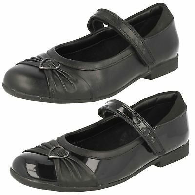'Girls Clarks' Formal/School Shoes Dolly Heart