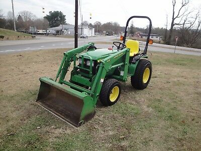 Very Nice  John Deere 4100 4X4  Diesel Loader   Tractor  Only 328 Hours
