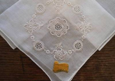 NWT Vintage Hand Embroidered Linen Hanky Hoefgen Needle Lace Wedding