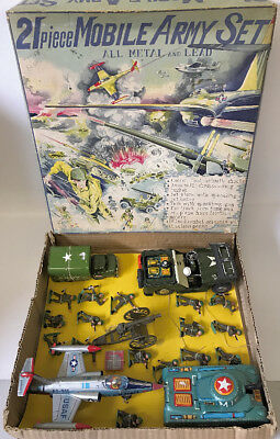 ULTRA RARE Vintage 1950s JAPAN Tin and Cast Metal 21-Piece MOBILE ARMY SET