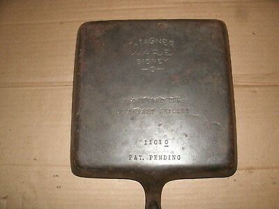 Vintage Wagner Ware Cast Iron Bacon and Egg Skillet  # 1101-0