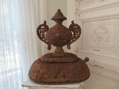 THE BEST Large OLD ARCHITECTURAL CAST IRON METAL Shapely FINIAL Ornate Handles