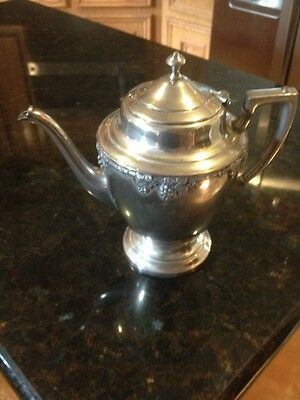 """Crescent Co Silverplated Tea Kettle 8.5""""t"""