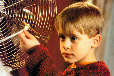 Macaulay Culkin Home Alone Close Up 24X36 Poster Print