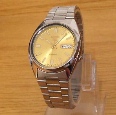 Mens Iconic Vintage Retro Style Automatic Seiko 5 Gold Dial Day/Date Gents Watch
