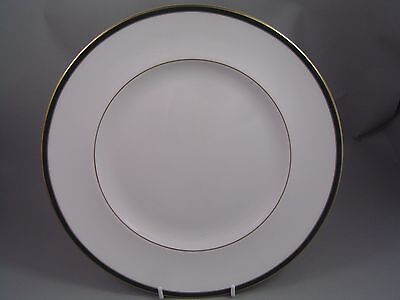 """ROYAL DOULTON OXFORD GREEN 10 5/8"""" DINNER PLATE, 2nd."""