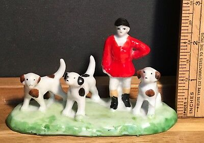 Vintage Small Figurine Fox Hunt English Hunter Hunting Dogs, Made in Japan