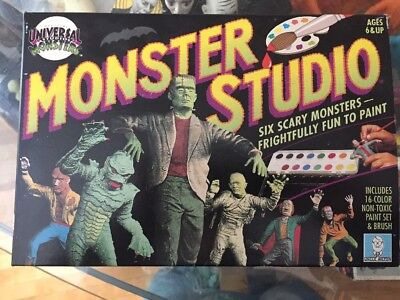 Universal Monster Studio Paint Set With Marx Monsters