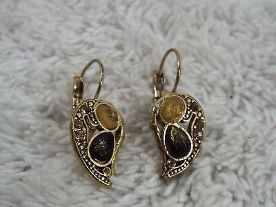 Goldtone Rhinestone Acrylic Cabochon Leaf Pierced Earrings (A31)