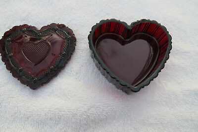 Avon Cape Cod 1876 Collection ruby red glass heart trinket box with lid,1989