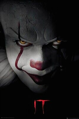 "IT - MOVIE POSTER / PRINT (PENNYWISE THE CLOWN - CLOSE UP) (SIZE: 24"" x 36"")"