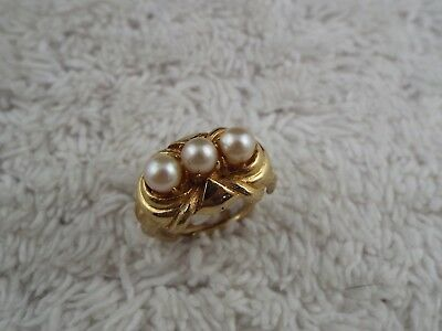 Goldtone White Bead Ring ~ Adjustable Size 6-8 (C46)