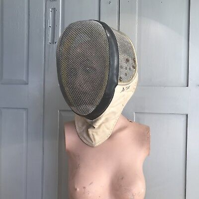 Vintage fencing mask by Paul no 2