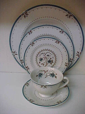 Royal Doulton Old Colony 5 Piece Place Setting Dinner Salad Bread Cup & Saucer