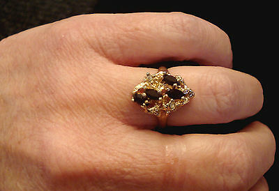 RED RHINESTONE CLUSTER COCKTAIL RING 18K HGE Costume Jewelry size 7 Gold Plated